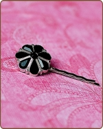 Rylie Bobby Pin in Black
