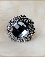 Kayli Filigree Ring in Clear