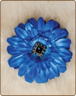 Daisy Flower Clippie Shades of Blue