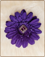 Daisy Flower Clippie Purple