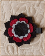 Felt Clippie - Black/Red/Grey Flower