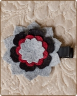 Felt Clippie - Grey/Black/Red Flower