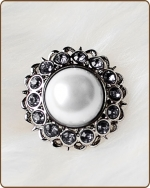 Amelia Filigree Ring in Clear