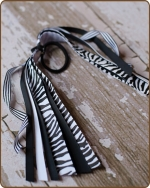 Pony O Streamer Black Zebra